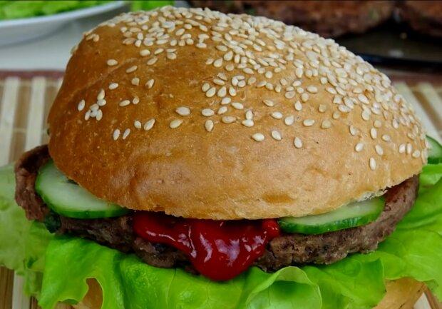 Пісний бургер, кадр з відео
