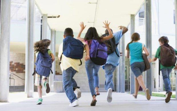 """Гуманитарная программа: как детей из свободного Донбасса возят на экскурсии в """"ДНР"""""""