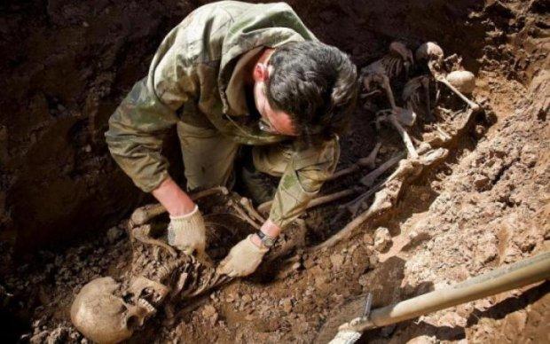 Стон прошлого: в Луцке раскопали сотню жертв НКВД
