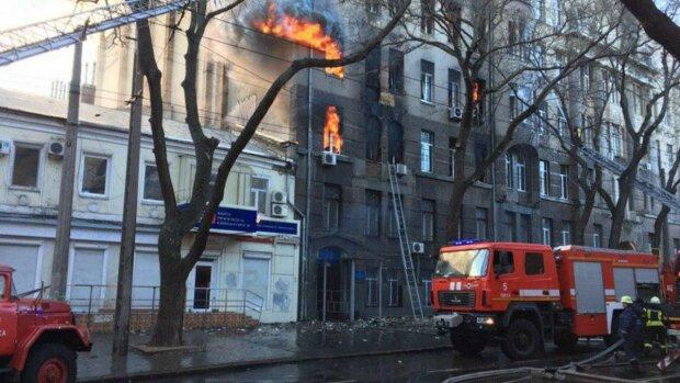 Пожежа у одеському коледжі, фото: 24 канал