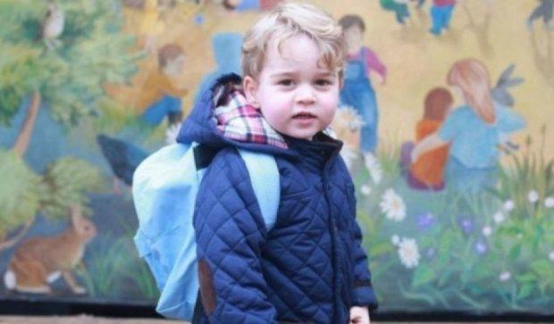 Британский принц Джордж пошел в детский сад