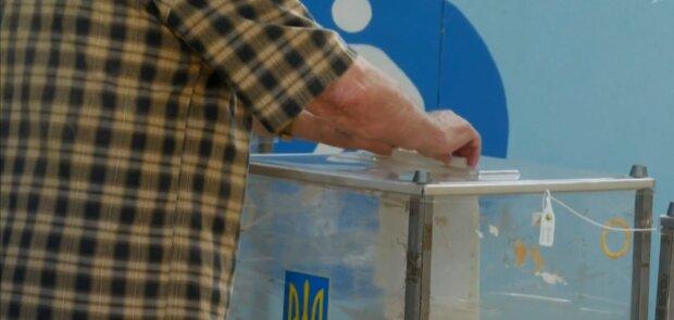 """Рейтинги Кличко """"просели"""" перед выборами, киевляне назвали нового лидера гонки"""