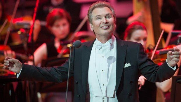 Російський співак пропустив похорон власного батька через концерт: Він жодного разу про нього нічого хорошого не сказав