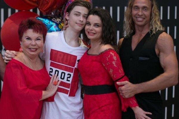 Наташа Королева с семьей, instagram.com/koroleva__star
