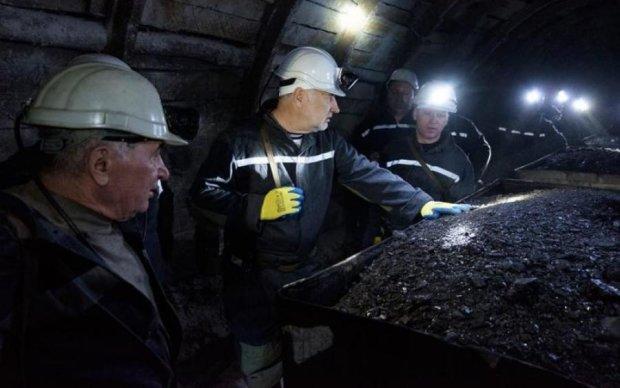 Сотні постраждалих: у шахті на Донеччині прогримів потужний вибух