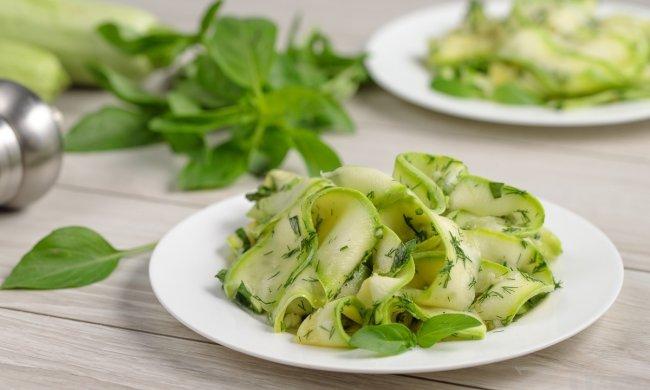 Салати з кабачків на зиму: кращі рецепти для консервації