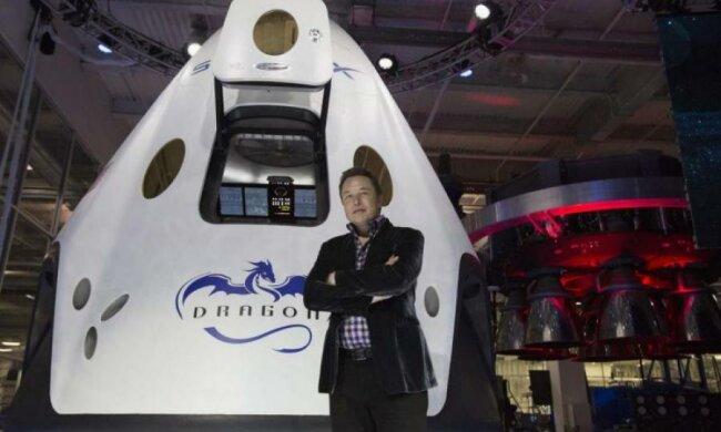 Пока Россия вставала с колен, детище Маска дважды слетало в космос