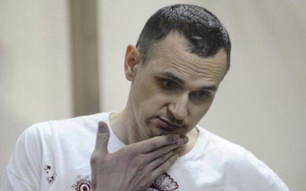 Отруїли, повільно вмирає: експерт шокував словами про Сенцова