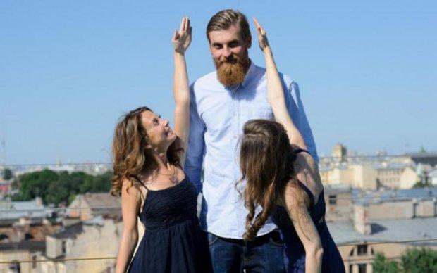 Штепсель и Тарапунька: в Киеве зарегистрировали необычный рекорд семейной пары