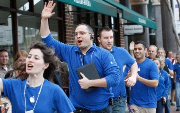 Чому співробітники Apple роблять це стоячи