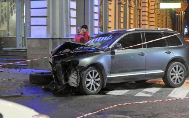 Фанат Зайцевой на Lexus сбил пешехода на бешеной скорости: подробности