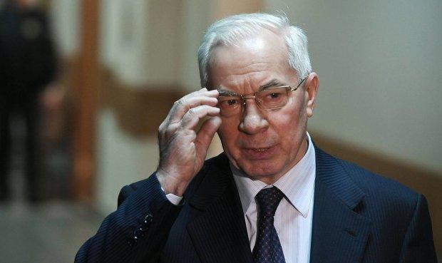 Луценко пообіцяв повернути гроші Азарова: так буде з усіма людьми Януковича