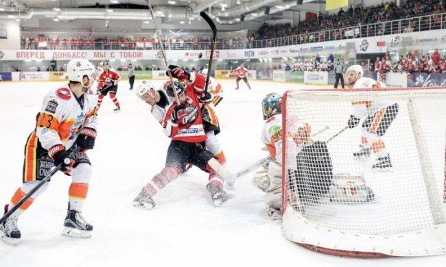 Донбас здобув третю перемогу в фіналі УХЛ і наблизився до чемпіонства