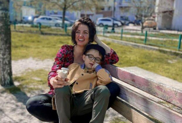 Оля Цибульская с сыном, фото с Instagram