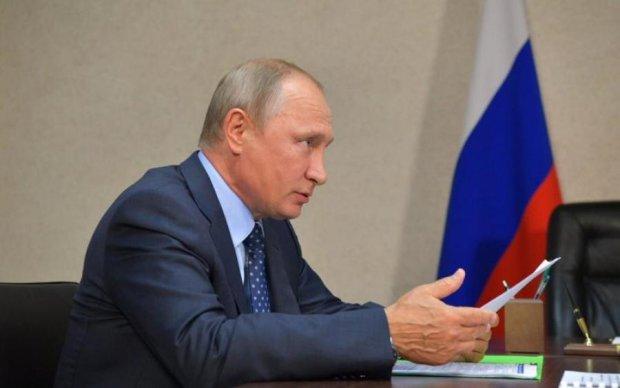 В сети показали, во что превратил Путин царский особняк