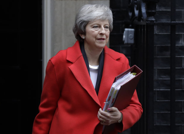 Brexit під загрозою: Британія повстала проти виходу з ЄС, лишилося два виходи