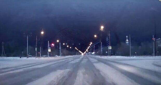 гроза зимой, скрин с видео