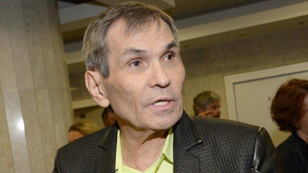 Барі Алібасов розповів про свій стан після отруєння: мучать сильні болі, не може їсти