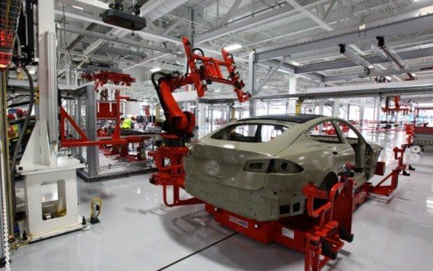 Омелян заманивает производство Tesla в Украину