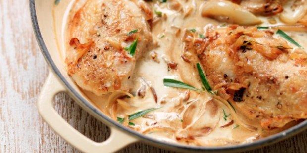 Удивительный рецепт курицы под сливочным соусом эстрагона