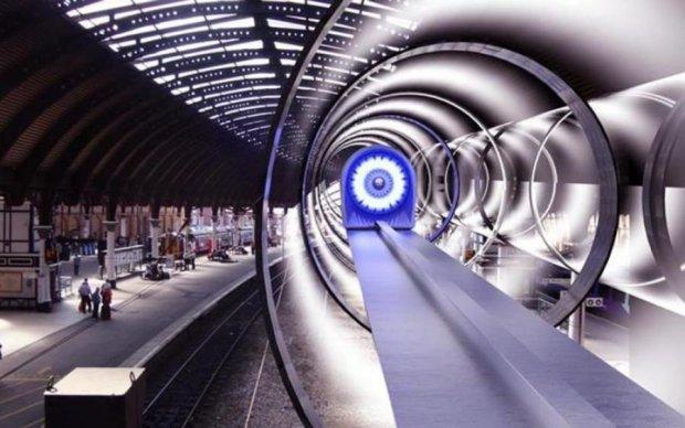 Hyperloop в Украине: Омелян накормил обещаниями