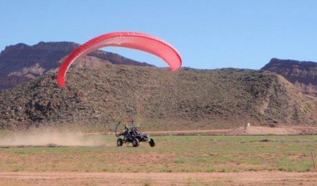Літаючий позашляховик SkyRunner почали продавати в США