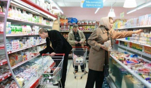 Росіян готують до введення продуктових талонів