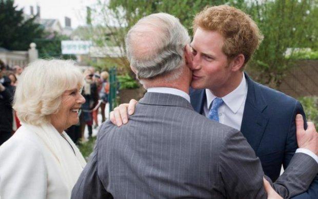 Королівська родина готується до першого гей-весілля