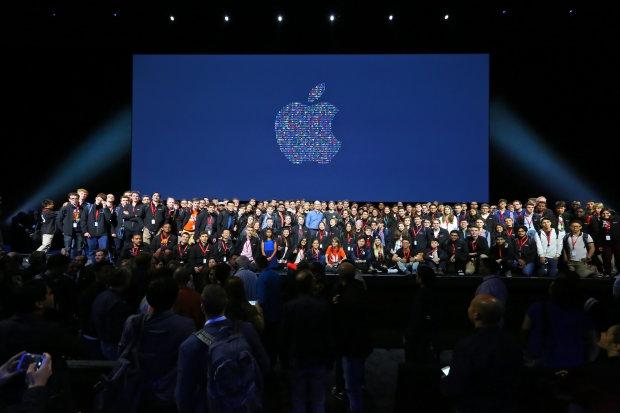 iPhone більше не чекати? Apple почала випускати автомобілі