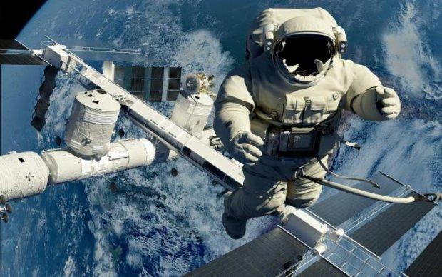 Вам это пригодится: как заниматься спортом в космосе (видео)