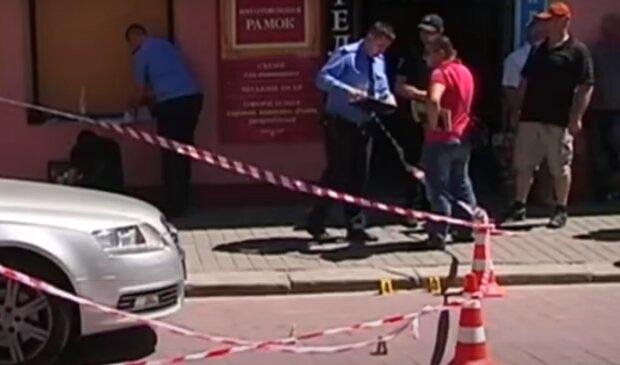 """Під Івано-Франківськом палії тероризують власників магазинів, - """"Триває переділ бізнесу"""""""