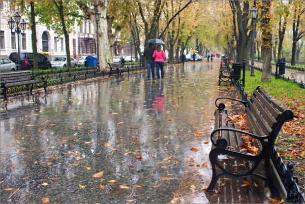 Погода на тиждень: Україну буквально затопить, названо найвразливіші регіони