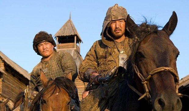 Американский писатель потребовал вернуть Крым и Казань Монголии