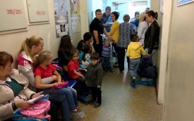 Сотні малюків у небезпеці: хвора на туберкульоз лікар оглядала дітей