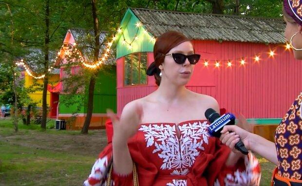 """Соня Плакидюк из ТМПУ вновь кардинально сменила внешность: """"Сложно узнать"""""""