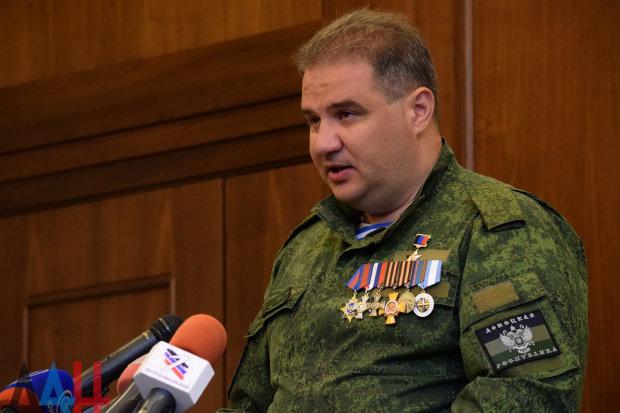 Любимая крыса Захарченко сбежала в Россию