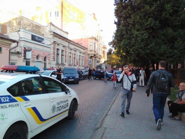 Сотни киевлян обобрали, как липок: в кошельках - минус два миллиона, остерегайтесь обменников