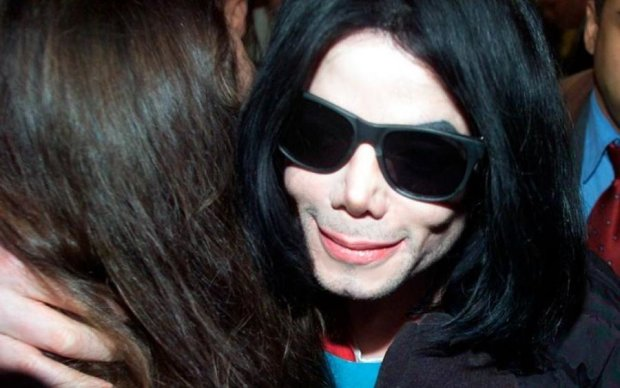 Запретил приближаться: родственники Майкла Джексона готовятся к худшему