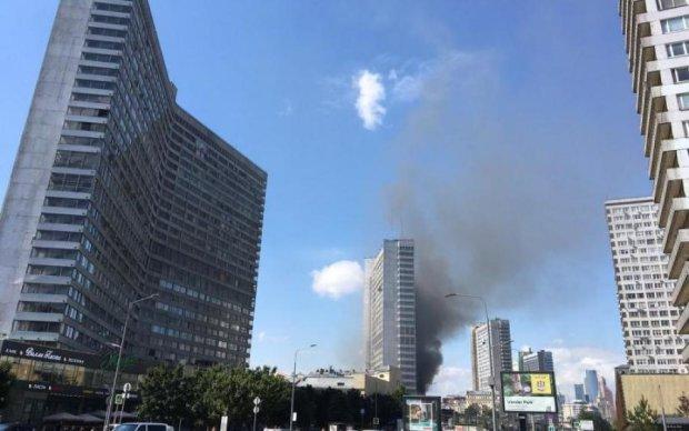 У Москві горить одна із найвідоміших будівель