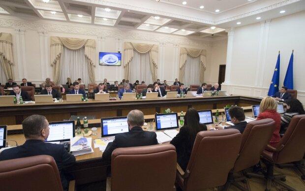 Кабмин Гончарука: СМИ обнародовали полный список министров