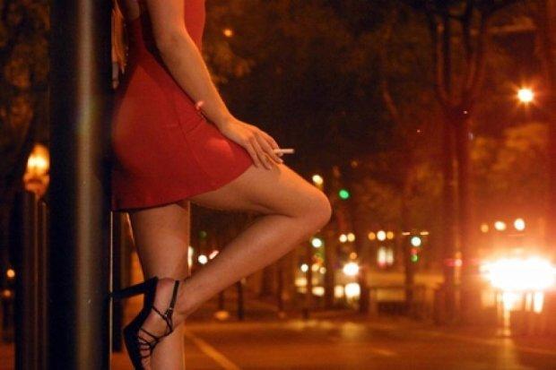 Общество к легализации проституции не готово - эксперт
