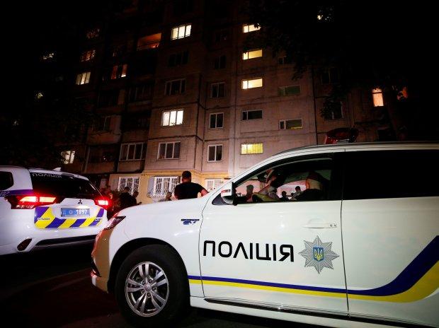 Лупцювала стільцем та добила ножем: у Львові схопили 20-річну убицю, - невже на таке здатна жінка