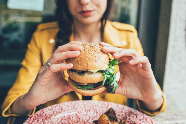Для самых ленивых: найдены 3 лучших способа похудеть без диет