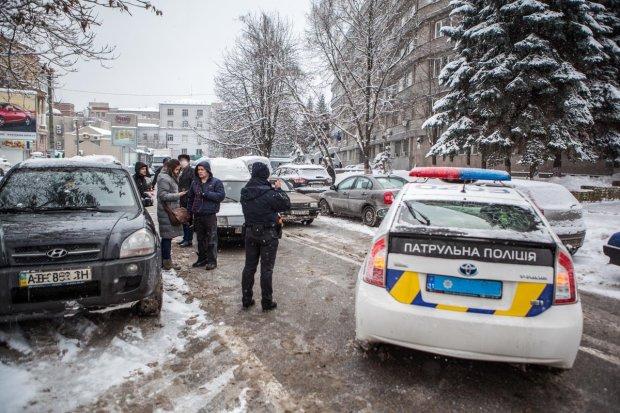 Выбили зубы, потерял память: в Киеве жестоко расправились с журналистами, много знали