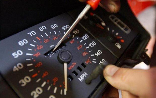 Тримайтеся міцніше: водіям пообіцяли новий штраф
