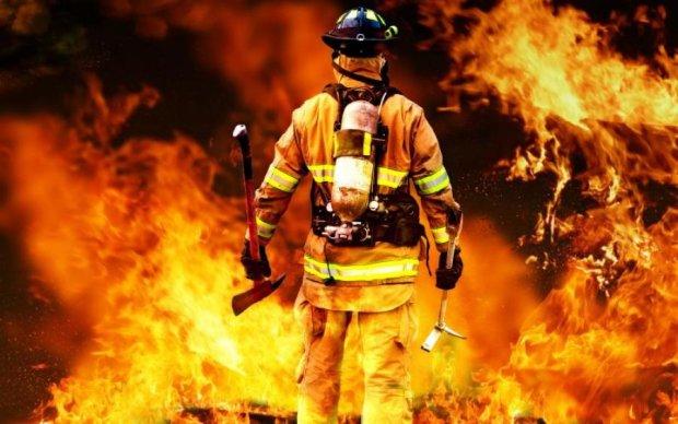 Моторошна пожежа знищила будинки на Одещині: фото