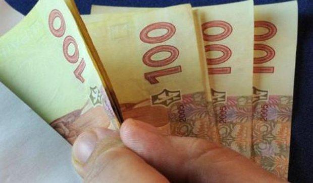 Двух киевлян мошенница «развела» на 80 тыс грн