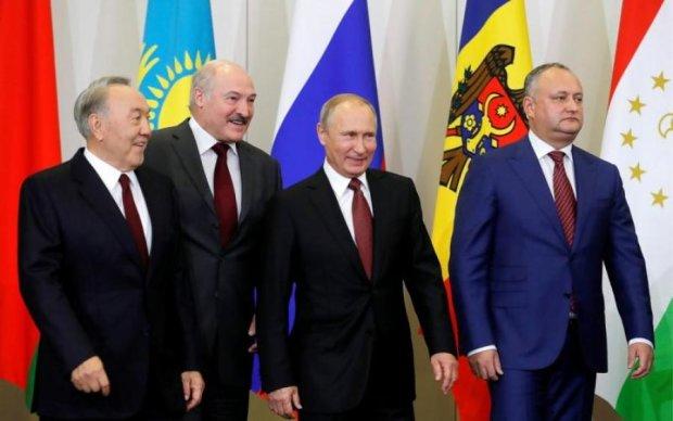 Вихід України з СНД: у Лукашенка вставили свої п'ять копійок