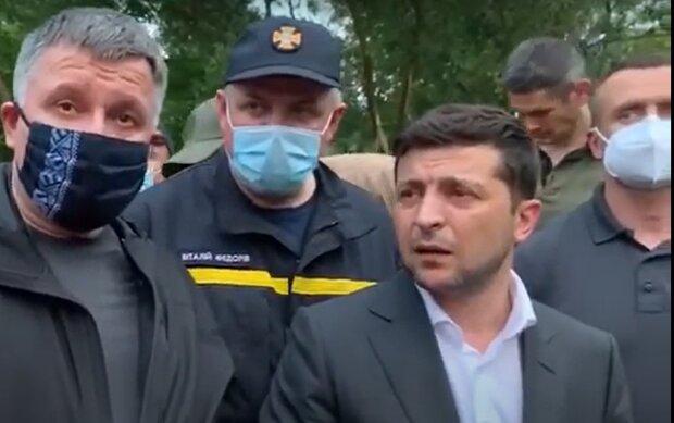 """Зеленський прозрів на затопленому Прикарпатті, українці ридають над зруйнованими будинками - """"До болю..."""""""