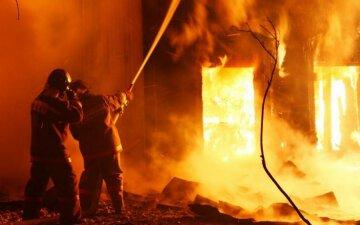 Пожежі і вибухи: в Росії почалася термінова евакуація